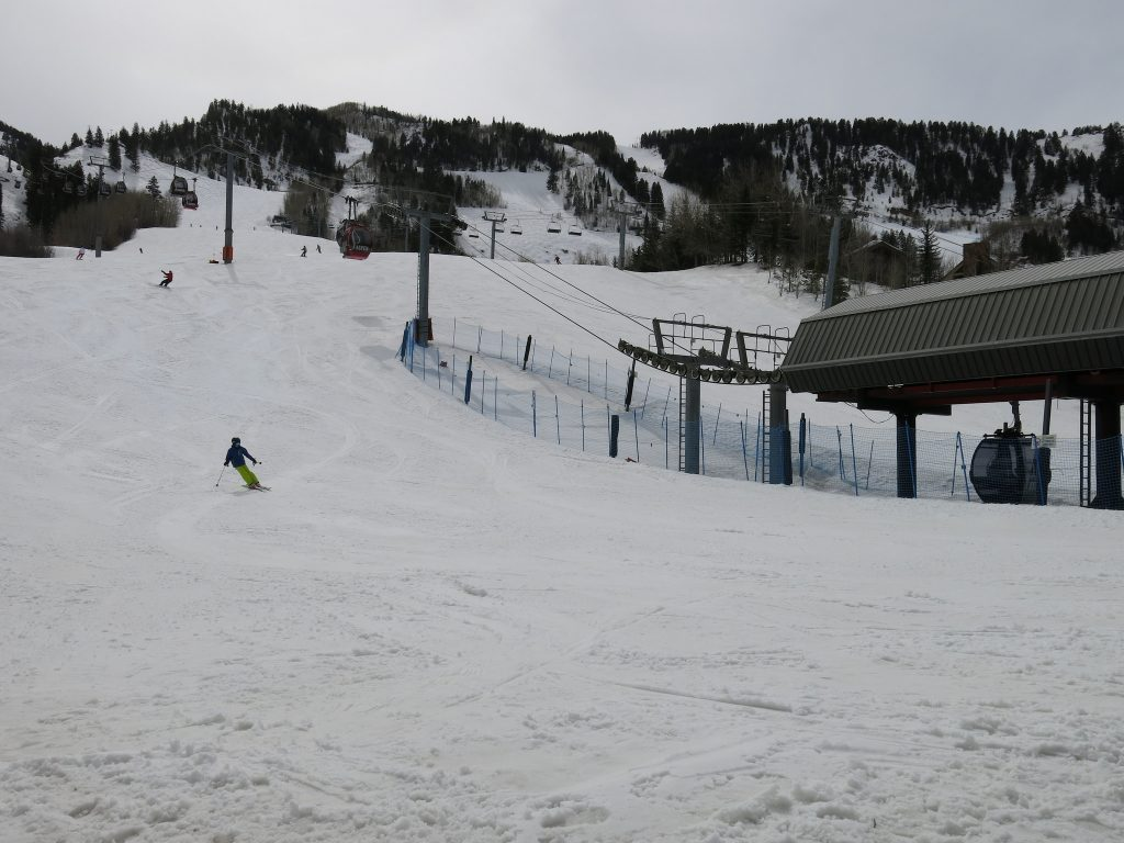 Gondola base (Little Nell) at Aspen Mountain, March 2016