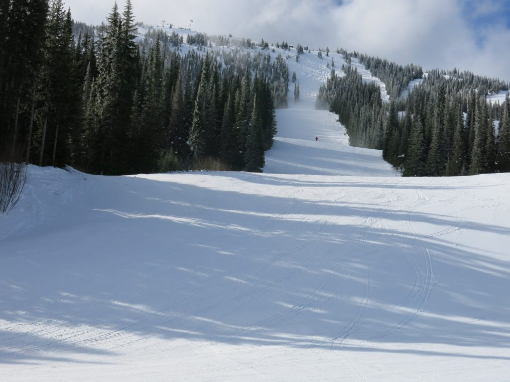 Rolling groomers at Apex Mountain, February 2017