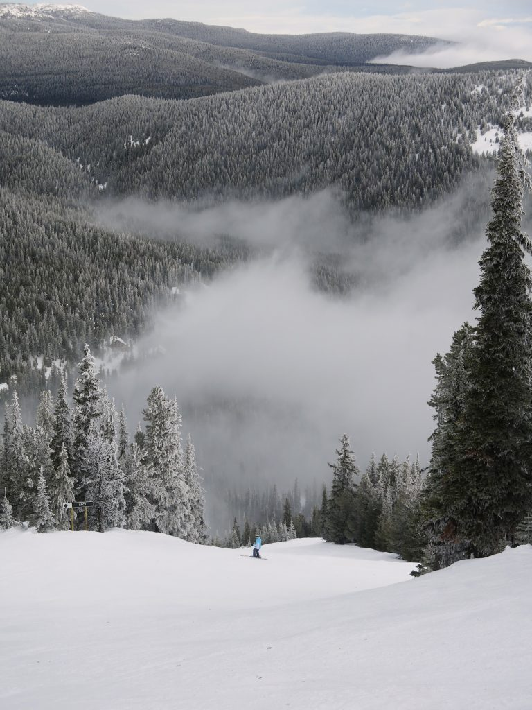Steeper groomer 97c at Apex Mountain, February 2017