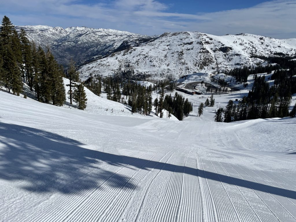 Fronside groomer at Bear Valley, March 2021